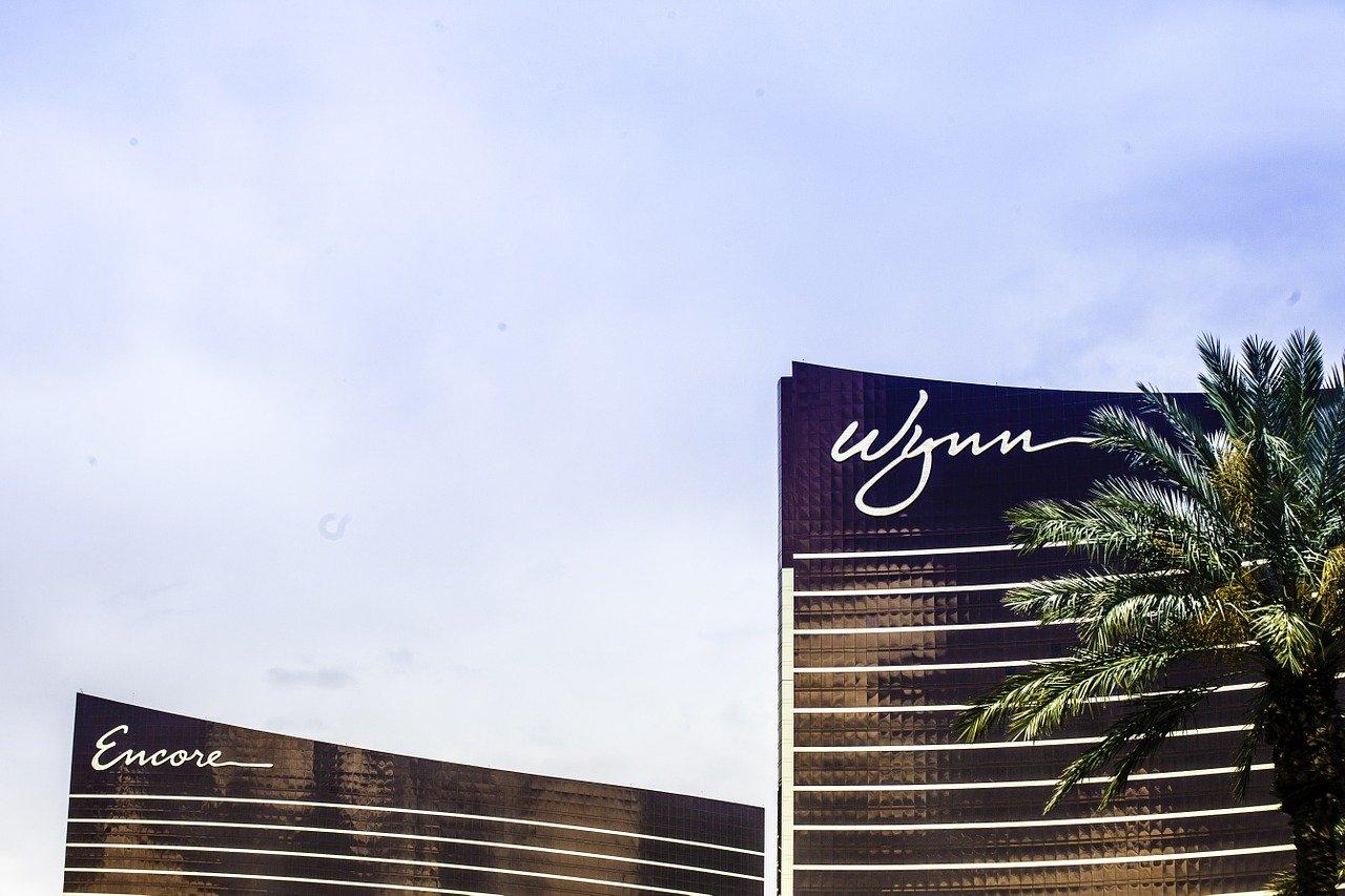 Wynn Las Vegas Hotel Architecture. Image by Jay George / Pixabay.